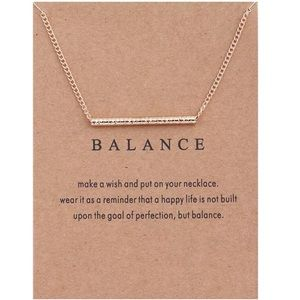Jewelry - Delicate Gold Necklace w/ Note. NIP